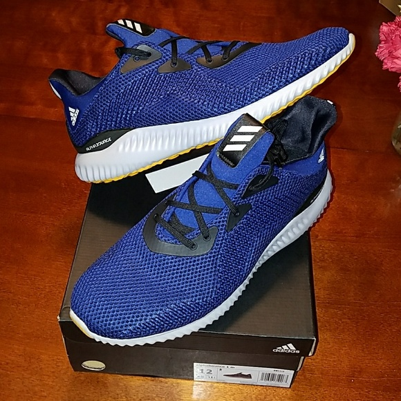 various colors 2268a df809 Adidas Alphabounce running shoe BRAND NEW